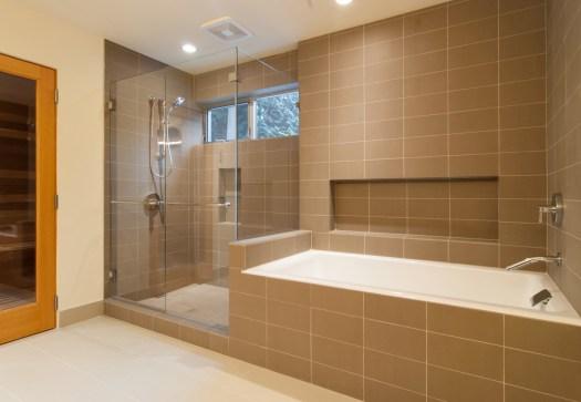 BUILD-LLC-BAV-Master-Bath-05#