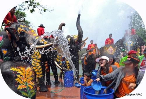 http://www.thaibis.com/Home/news/2012songkranfestivalbangkokapacbattlezone/w