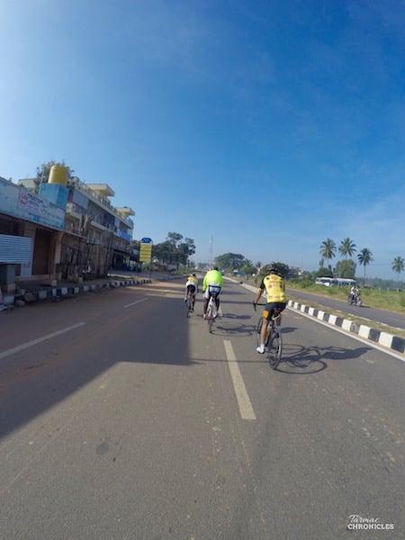 BOTS TARMAC CHRONICLES - EP 4 - beautiful road rides in Bangalore