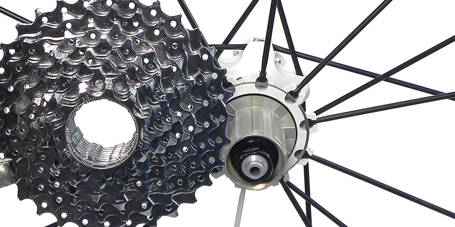 Freehub body and cassette