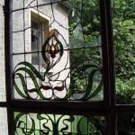 Historisches Glasfenster im Herrenhaus des Ritterguts Posterstein.