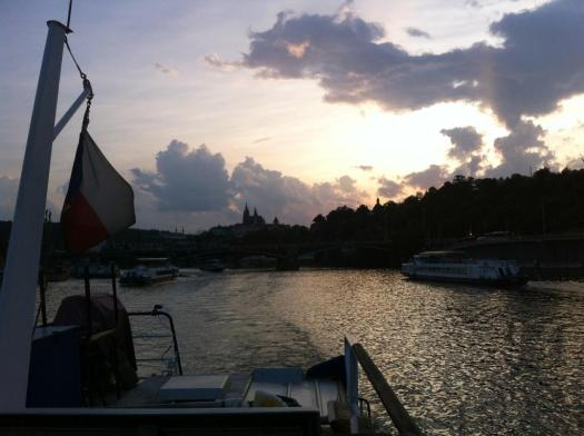 Bootsfahrt in Prag.