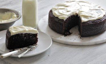 Guisness-Chocolate-Cake-on-Plate