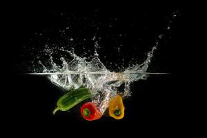 Peppers plunged into water