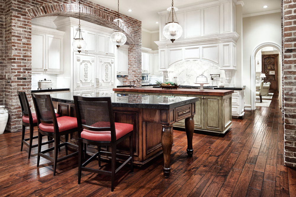 Jauregui Architects   Kitchen   Southern Mississippi Home