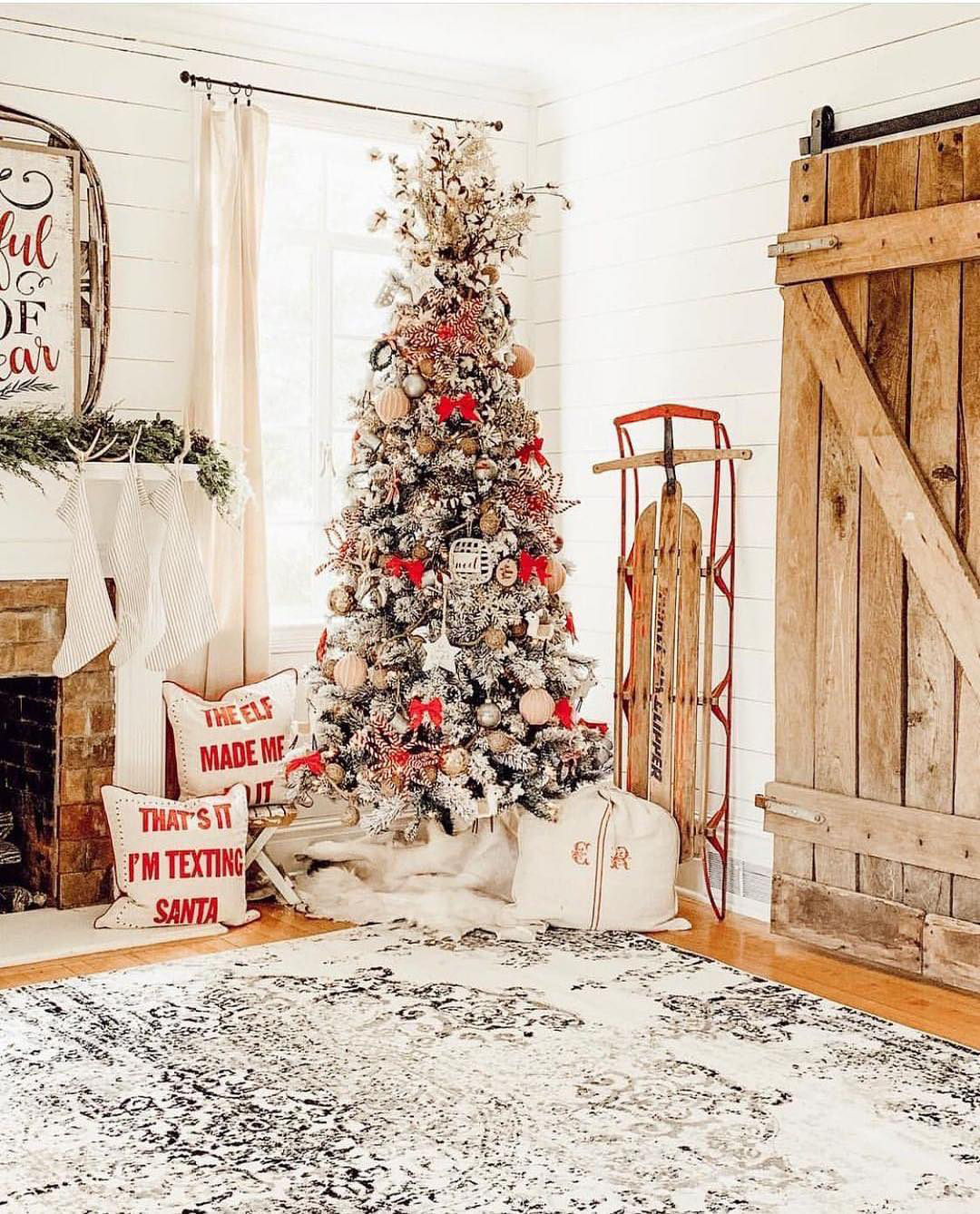 Farmhouse Christmas | Charlottes's Happy Home