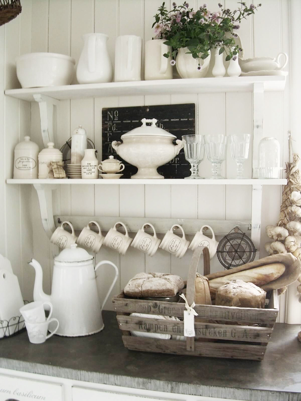 Crockery Display