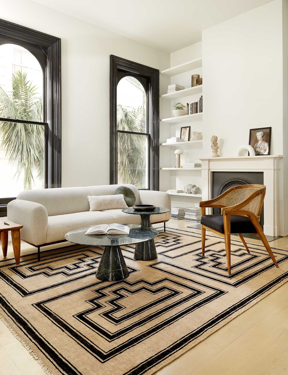 French Art Deco Casual Living Room Design Ideas