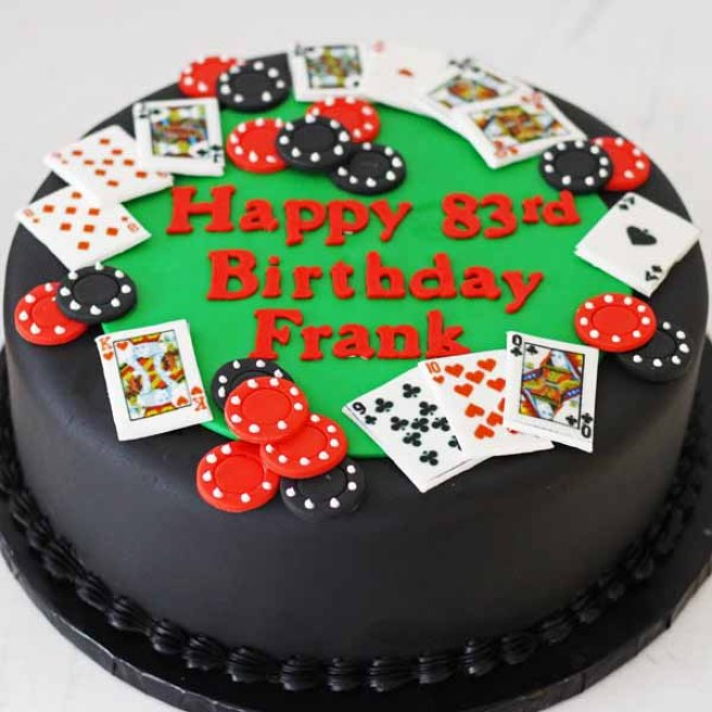 4082 round poker table cake (2)