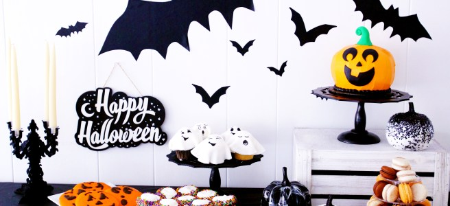 halloween no tricks, only treats at Cafe Pierrot