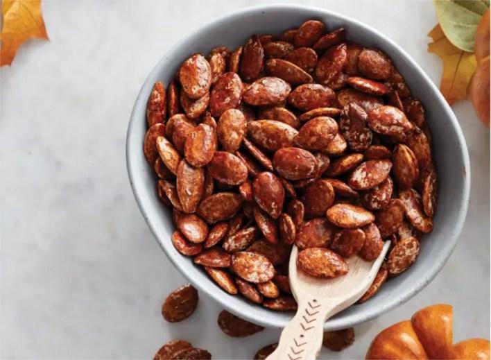 cinnamon pumpkin seeds - camping snacks ideas