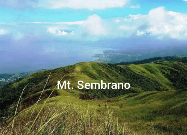Customer Support Jessica's hike in Mt. Sembrano