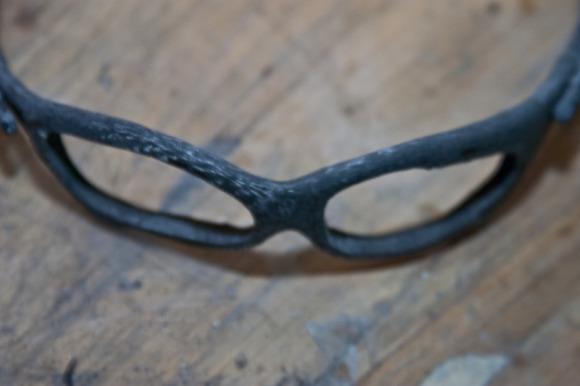 Making custom carbon fiber Oakley Juliet sunglasses