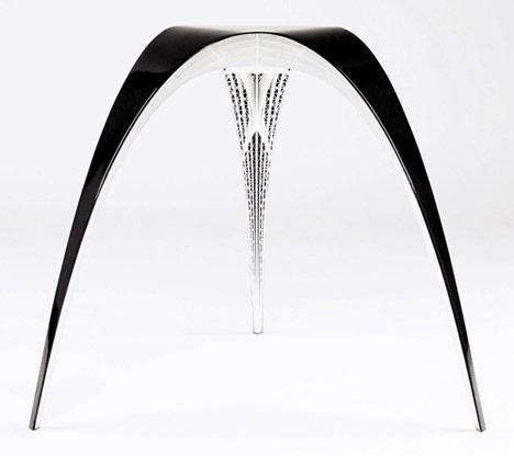 The One Kilogram Carbon Fiber Guadi Stool by Bram Geenen