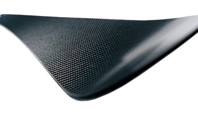 Wally carbon fiber skis