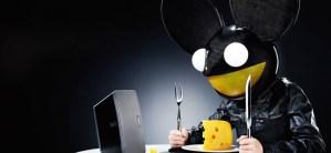 Carbon Fiber Deadmau5 Head Makes it Onto a Commercial