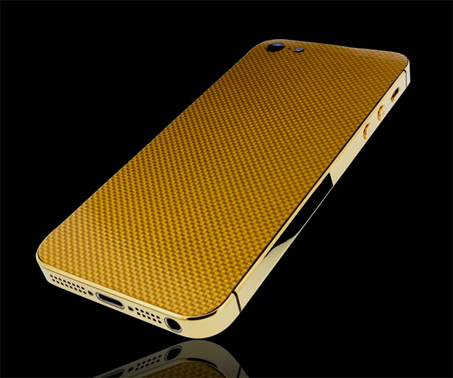 Gold coated carbon fiber iPhone