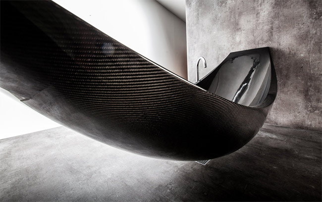 Vessel carbon fiber hammock bathtub