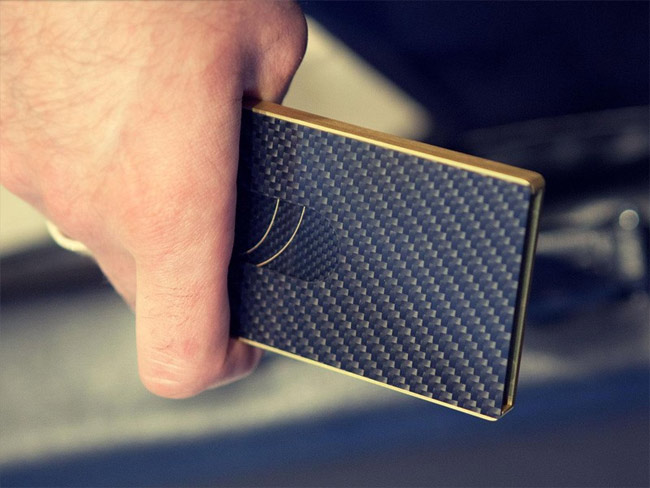 Carbon fiber business card from Cardissimo