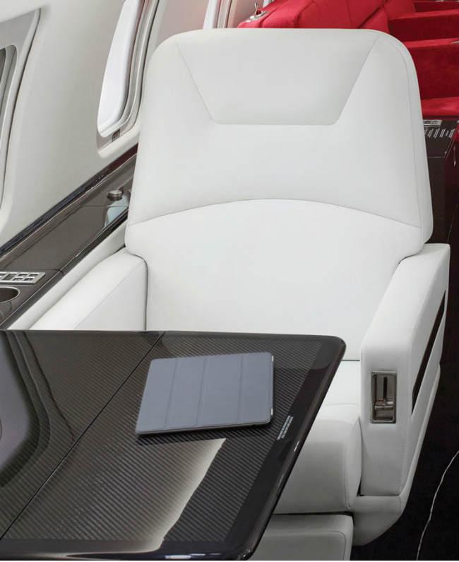 challenger carbon fiber seat