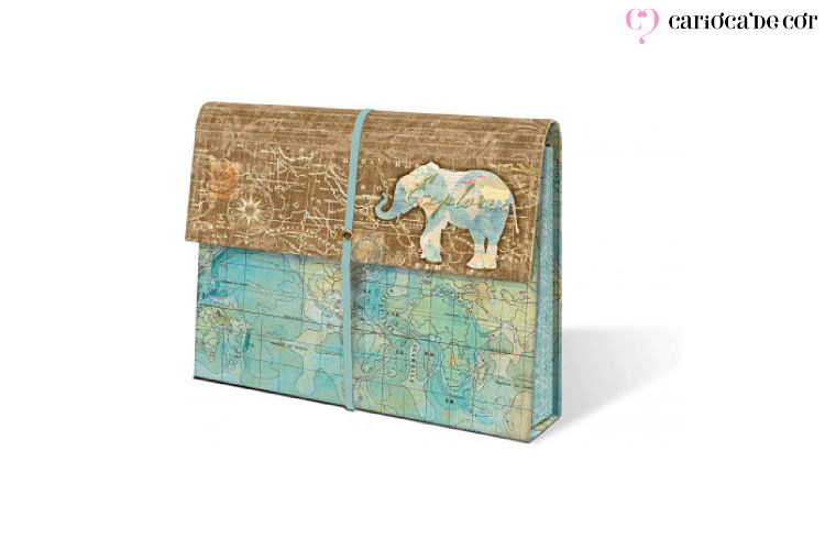 Pasta organizadora com contendo um elefante desenhado
