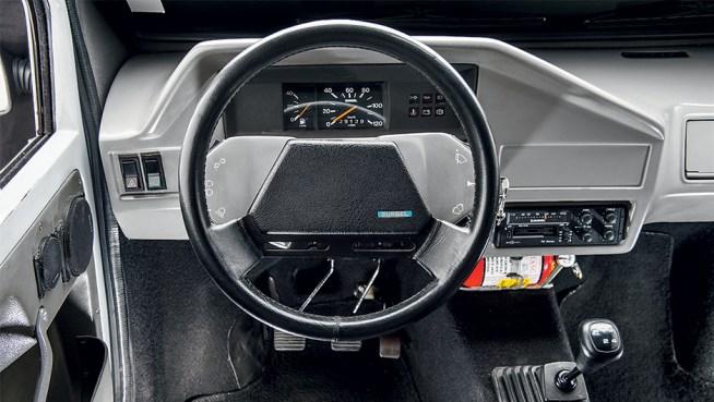BR-800 interior