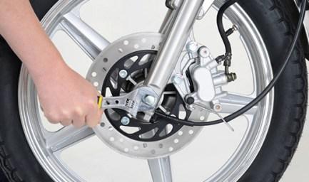 moto pneus