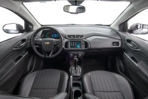 onix 2017 interior