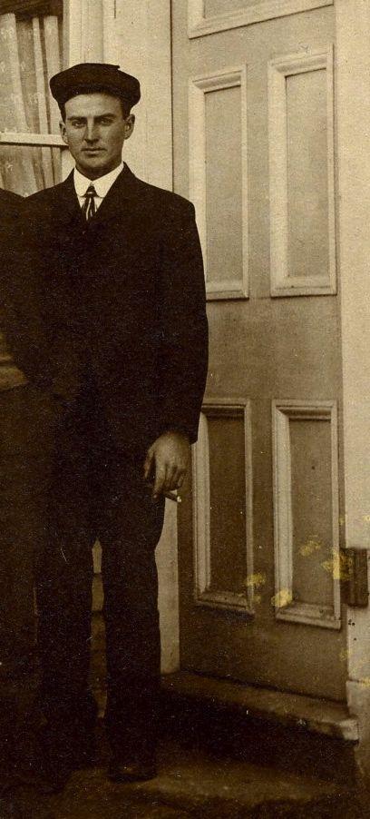 Ellsworth with a cigar, 1904