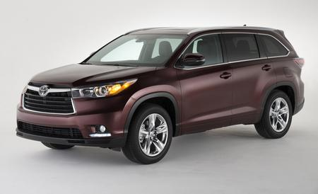 Tackle Life with the Toyota Highlander
