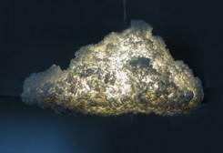 lampadario sospeso a forma di nuvola