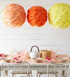 3 lampade di carta rosa,arancione e giallo