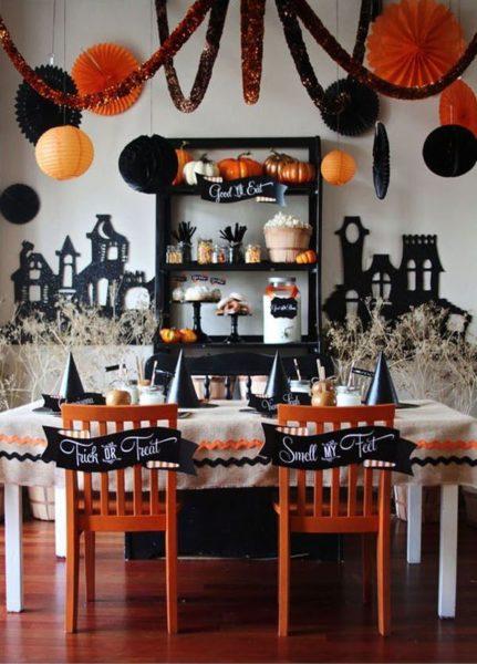 Colori con cui apparecchiare al tavola ad halloween