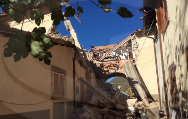 ricostruzione privata post sisma