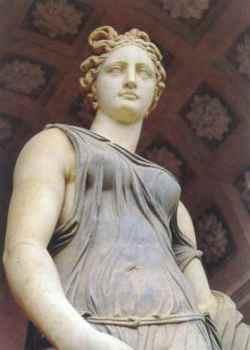 Reggia di Caserta Statua di Flora