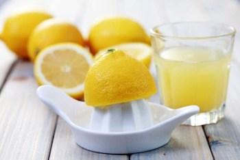 limone per tenere lontane le formiche da casa