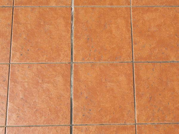 Come pulire le fughe delle piastrelle soluzioni di casa