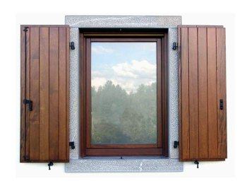 scuri in legno per finestre e serramenti tradizionali
