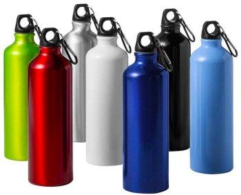 borraccia in alluminio alternativa alle bottiglie di plastica