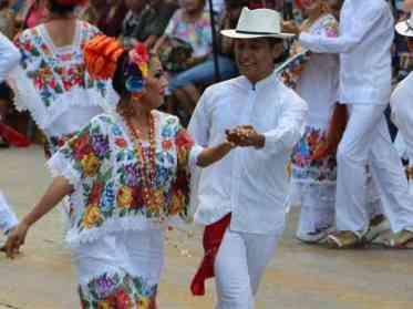 , ¿Qué es el terno yucateco y dónde lo encuentro en Valladolid, Yucatán?, Casas en Valladolid