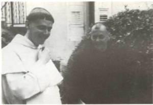 Geoffroy de Kergorlay (Père Pierre-Marie) et le futur traître Dom Gérard