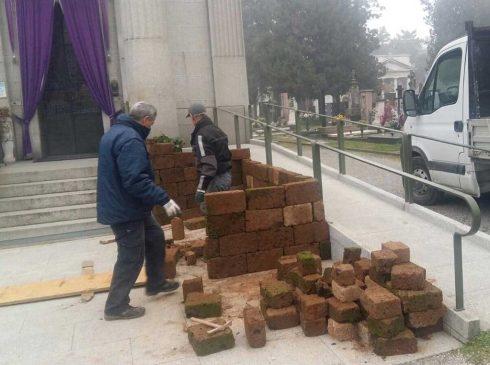Le 'Père' de Sante Braggie avait déclaré qu'il n'y aurait pas de crèche dans le cimetière de Crémone
