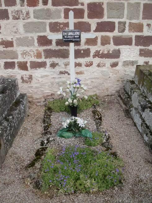 Tombe d'Ève Lavallière