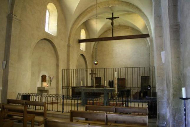 Intérieur du sanctuaire de St Joseph.