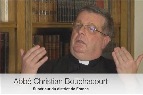 Le clown de la FSSPX, l'abbé Christian Bouchacourt