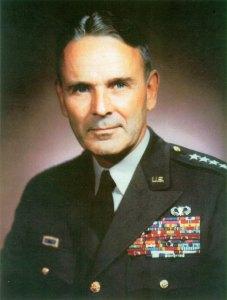 Général Maxwell D. Taylor