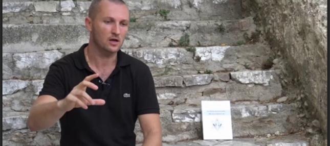 L'Écrivain Johan Livernette est en Prison