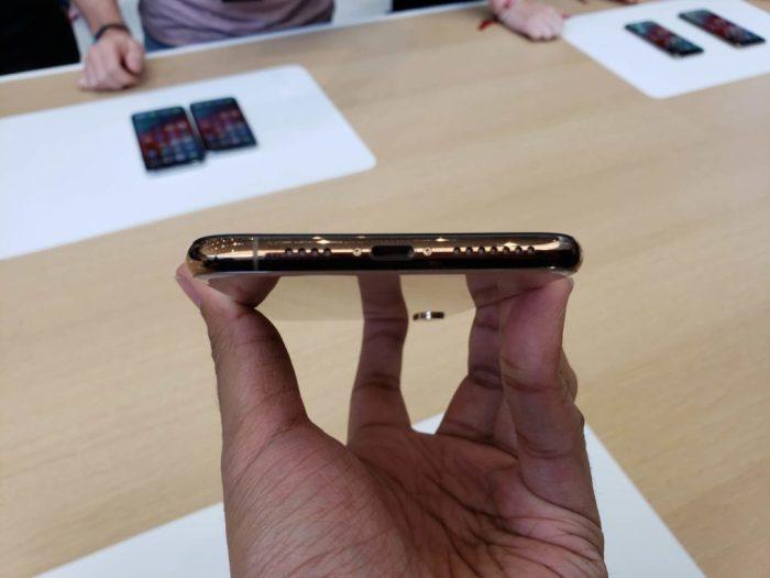 iPhone Xs Max (5)