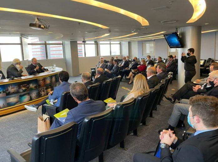 Guedes faz romaria pela reforma tributária e indica novos ajustes ao texto