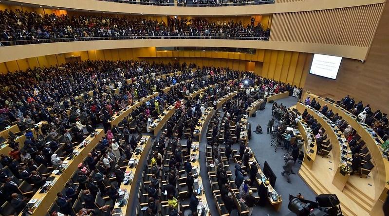 Caminhos opostos na União Africana